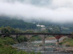 「馬溪橋の朝」 デジ吉 様(2013年10月)