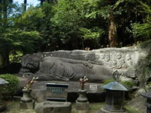 神護寺の釈迦涅槃像