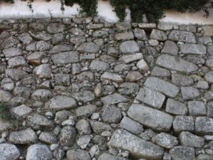黒田と細川の石垣の境