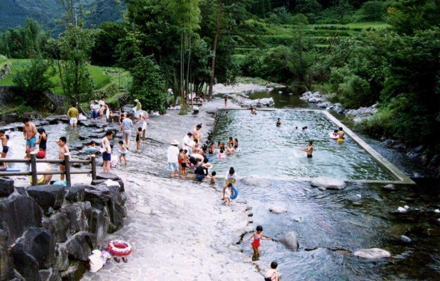 津民川河川プール